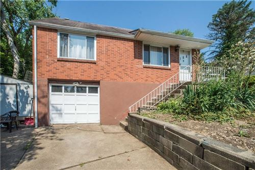 Photo of 369 Tall Tree Dr, Pittsburgh, PA 15235 (MLS # 1455651)