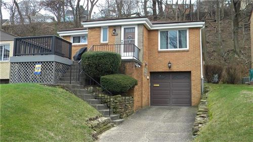 Photo of 3963 BOULEVARD DR, PITTSBURGH, PA 15217 (MLS # 1432712)
