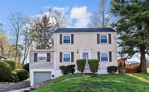 Photo of 5669 Valleyview Dr, Bethel Park, PA 15102 (MLS # 1494714)
