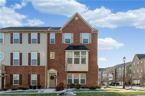Photo of 246 Thornapple Ln, Cranberry Township, PA 16066 (MLS # 1429720)