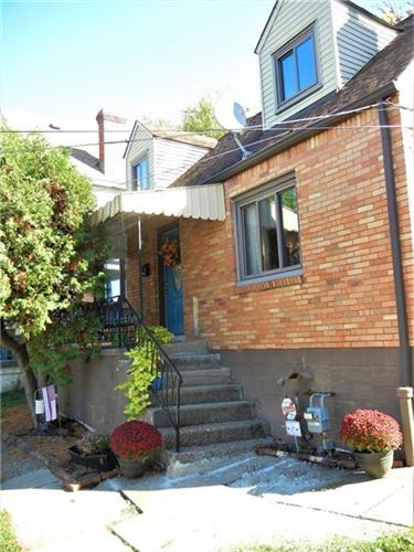 Photo of 2015 Plainview Ave, Pittsburgh, PA 15226 (MLS # 1474727)