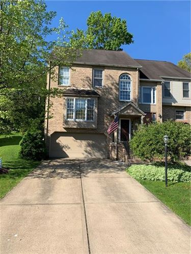 Photo of 118 Hampshire Dr #118, Cranberry Township, PA 16066 (MLS # 1500727)
