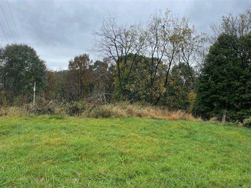 Photo of 4712 Mill Stream Ct, Murrysville, PA 15668 (MLS # 1527731)