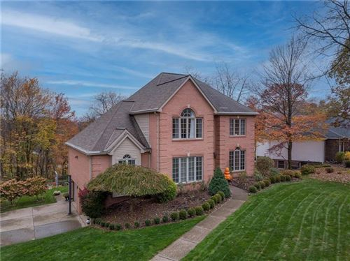 Photo of 1621 Royal Oak Dr, Sewickley, PA 15143 (MLS # 1474745)