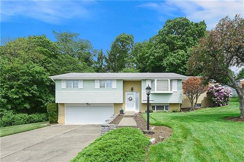 Photo of 3420 Fawn Valley Ln, Finleyville, PA 15332 (MLS # 1448747)