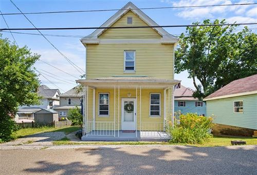 Photo of 1714 1/2 Ridge Ave, Coraopolis, PA 15108 (MLS # 1456778)