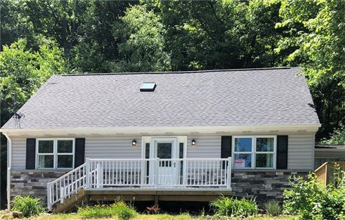 Photo of 440 Pine Creek Rd, Wexford, PA 15090 (MLS # 1448791)