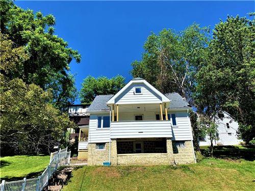 Photo of 1236 Prospect Ave, Castle Shannon, PA 15234 (MLS # 1506821)