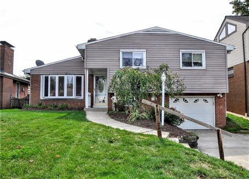 Photo of 2027 Rockfield Rd, Pittsburgh, PA 15243 (MLS # 1469834)