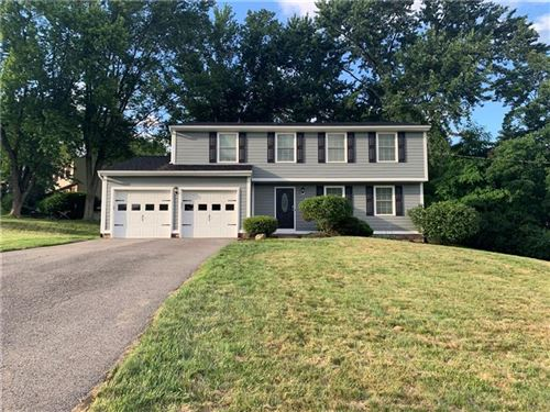 Photo of 1349 Deep Wood Dr, Upper St. Clair, PA 15241 (MLS # 1506933)