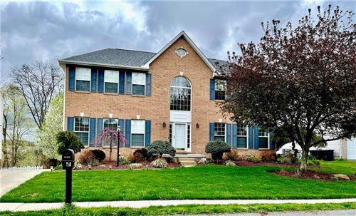 Photo of 137 Lake Colony Dr, Peters Township, PA 15367 (MLS # 1493953)