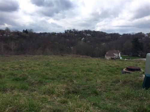Photo of Lot 11 Trailvue Drive, Pittsburgh, PA 15220 (MLS # 1441981)