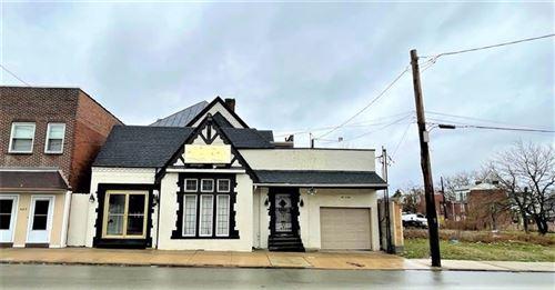 Photo of 605 Brushton Ave, Homewood-Brushton, PA 15208 (MLS # 1494981)