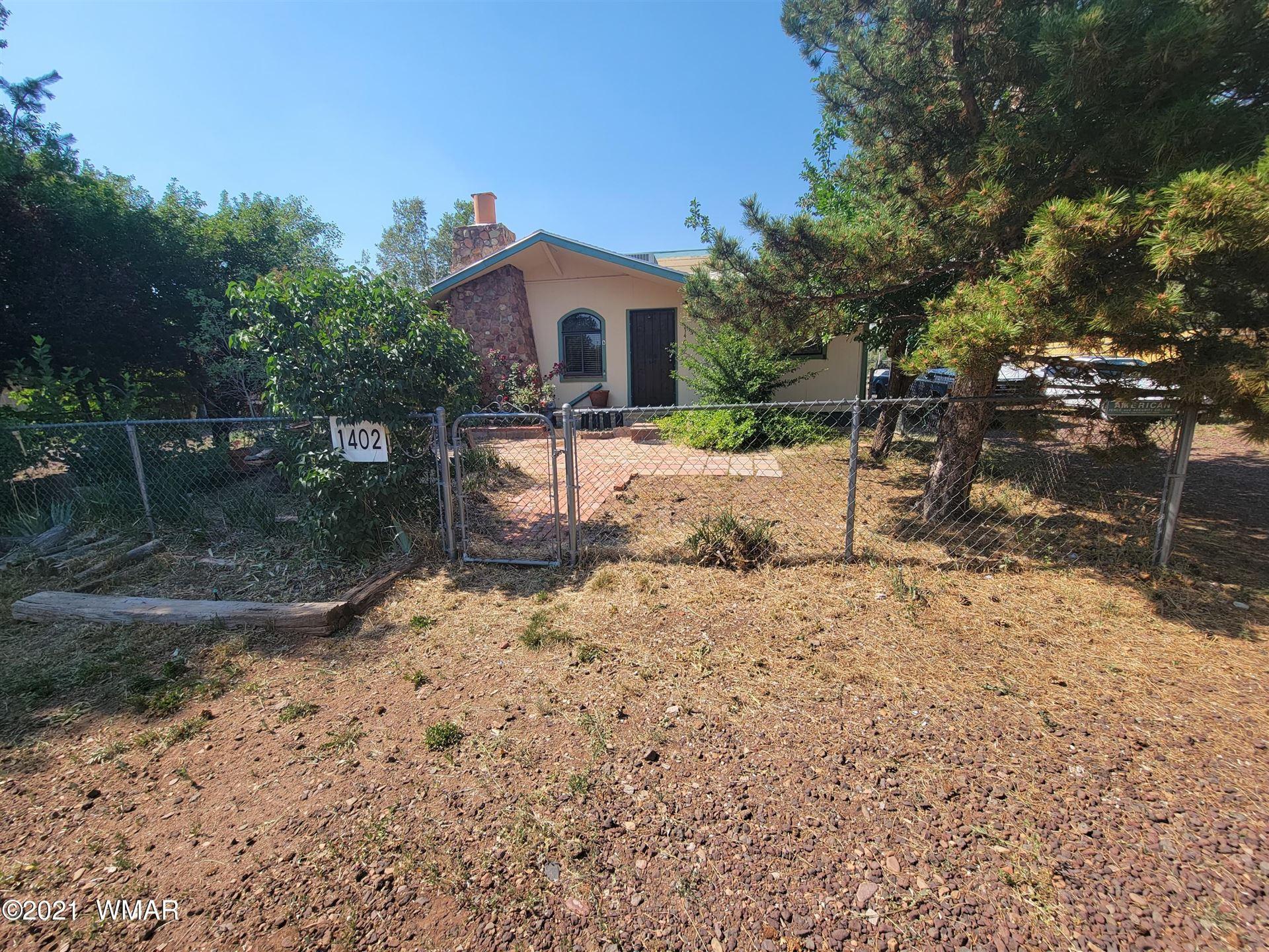 Photo for 1402 W Apache Lane, Lakeside, AZ 85929 (MLS # 236063)