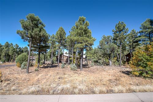 Photo of 300 E Huckleberry Lane, Show Low, AZ 85901 (MLS # 232573)