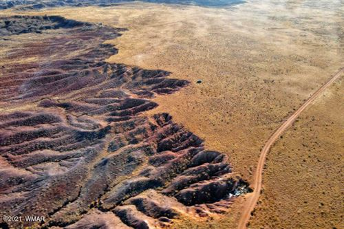 Photo of Sun Country #6 39.96 Acres, Holbrook, AZ 86025 (MLS # 236636)