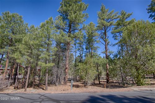 Photo of 4820 W Hawthorn Rd Lot 52, Show Low, AZ 85901 (MLS # 234673)