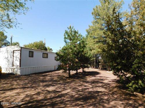 Photo of 3306 Rim Lakes Drive, Overgaard, AZ 85933 (MLS # 234798)