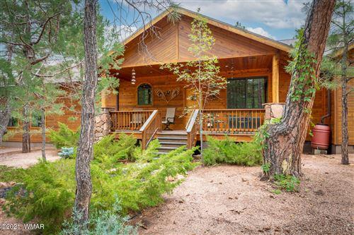 Photo of 2094 Hidden Forest Lane, Overgaard, AZ 85933 (MLS # 236852)