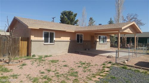 Photo of 303 Anita Drive, Holbrook, AZ 86025 (MLS # 234856)