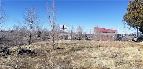 Tiny photo for 540 N 18th Place, Show Low, AZ 85901 (MLS # 233917)