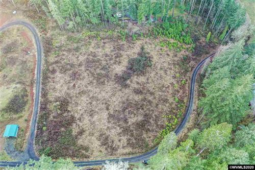 Photo of 26688 NW Sulphur Springs (Lot Next To) Rd, Corvallis, OR 97330 (MLS # 772045)