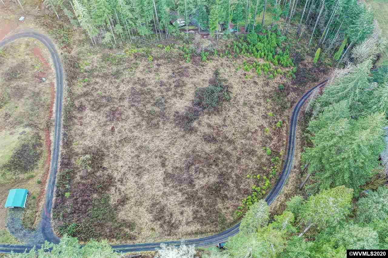 Photo for 26688 NW Sulphur Springs (Lot Next To) Rd, Corvallis, OR 97330 (MLS # 772045)