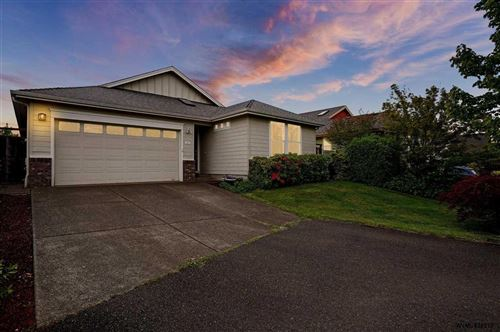 Photo of 4676 SW 47th Pl, Corvallis, OR 97333-1765 (MLS # 779059)