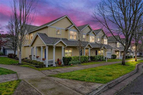 Photo of 3005 NW Shooting Star Dr, Corvallis, OR 97330-3472 (MLS # 772101)