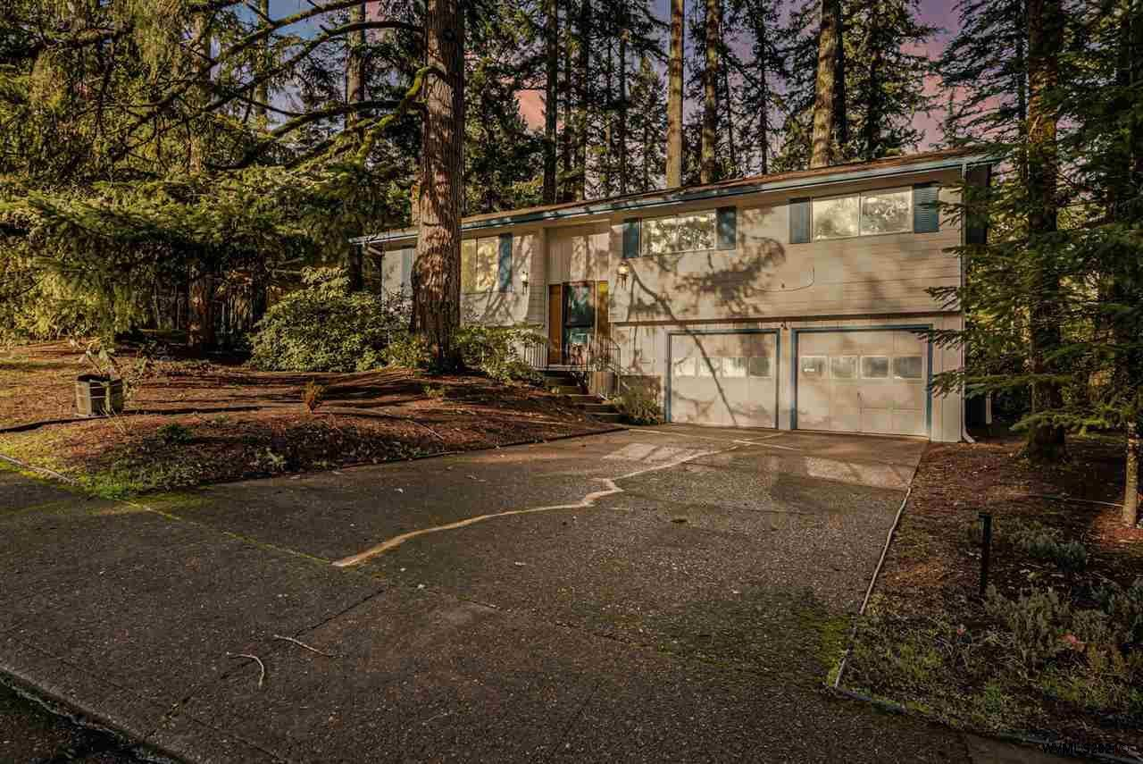 Photo for 3615 NW Elmwood Dr, Corvallis, OR 97330 (MLS # 773137)