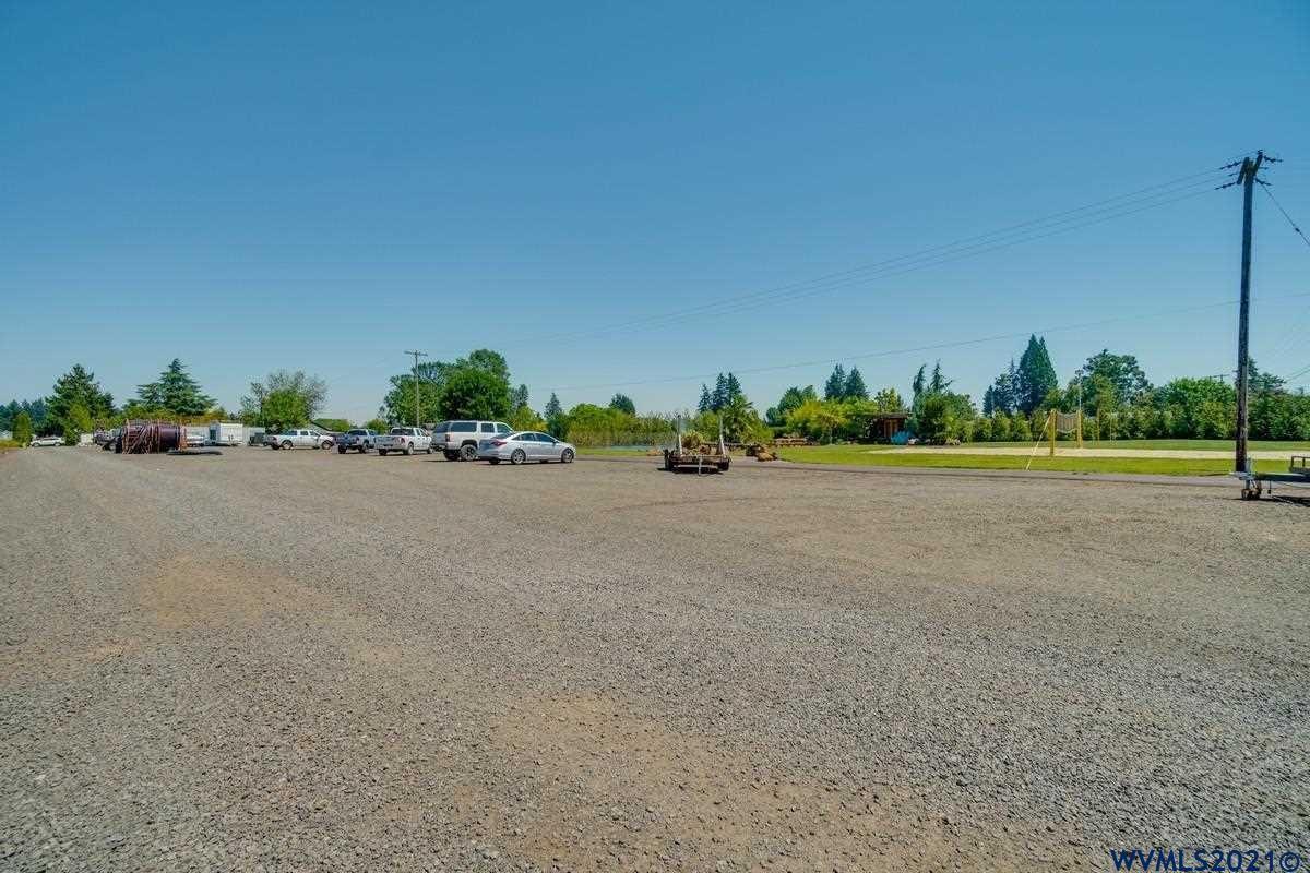 Photo of 3100 N Lone Oak Rd, McMinnville, OR 97128 (MLS # 782215)