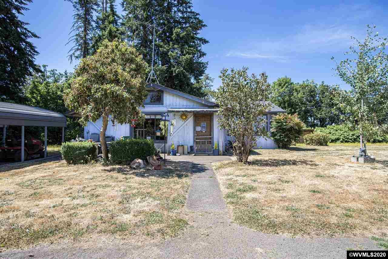 Photo for 26449 Crow Rd, Eugene, OR 97402-9235 (MLS # 770403)