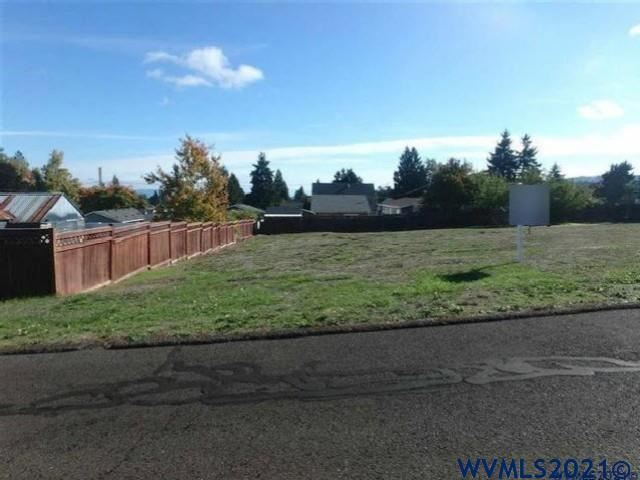 Photo of 1072 SW Cherry (lot#3) St, Dallas, OR 97332 (MLS # 784622)