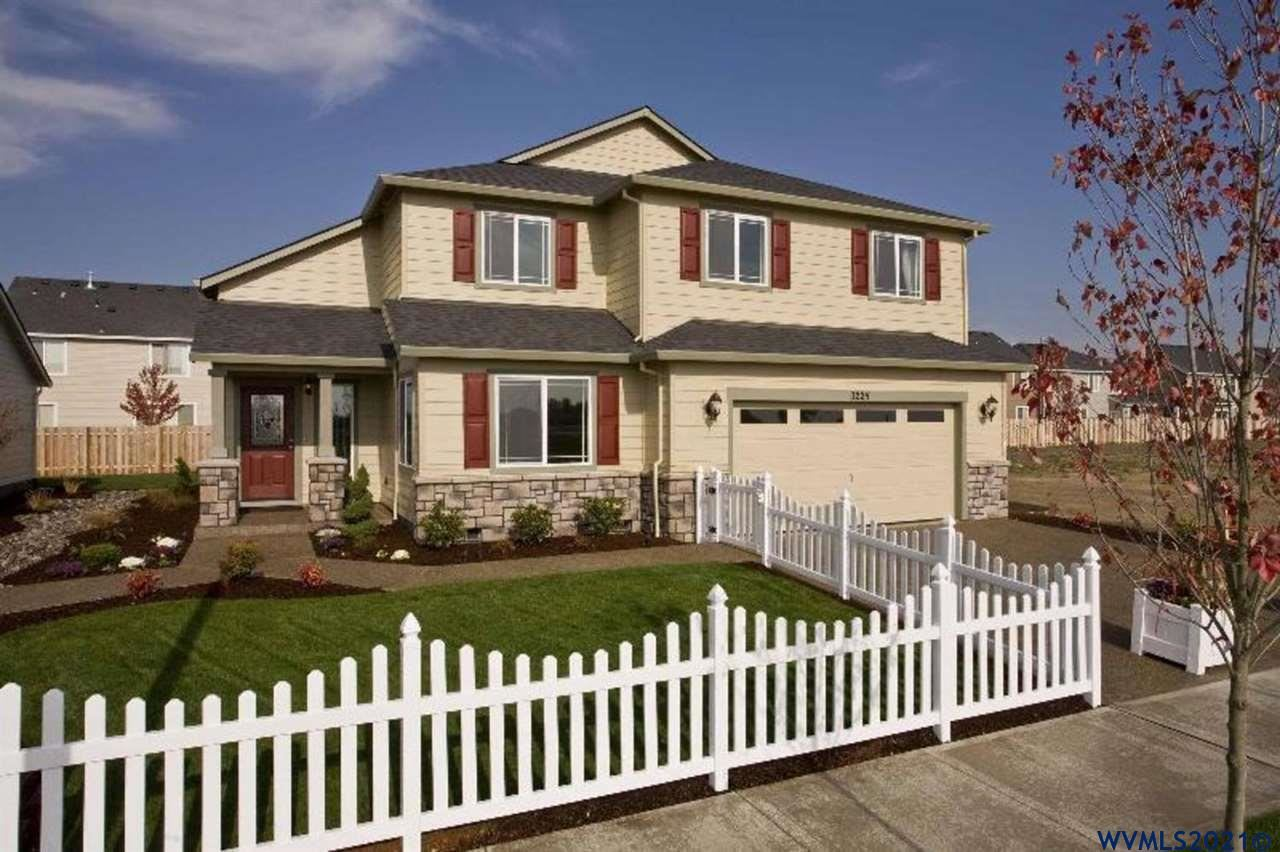 Photo of 993 Winfield St, Gervais, OR 97026 (MLS # 784667)