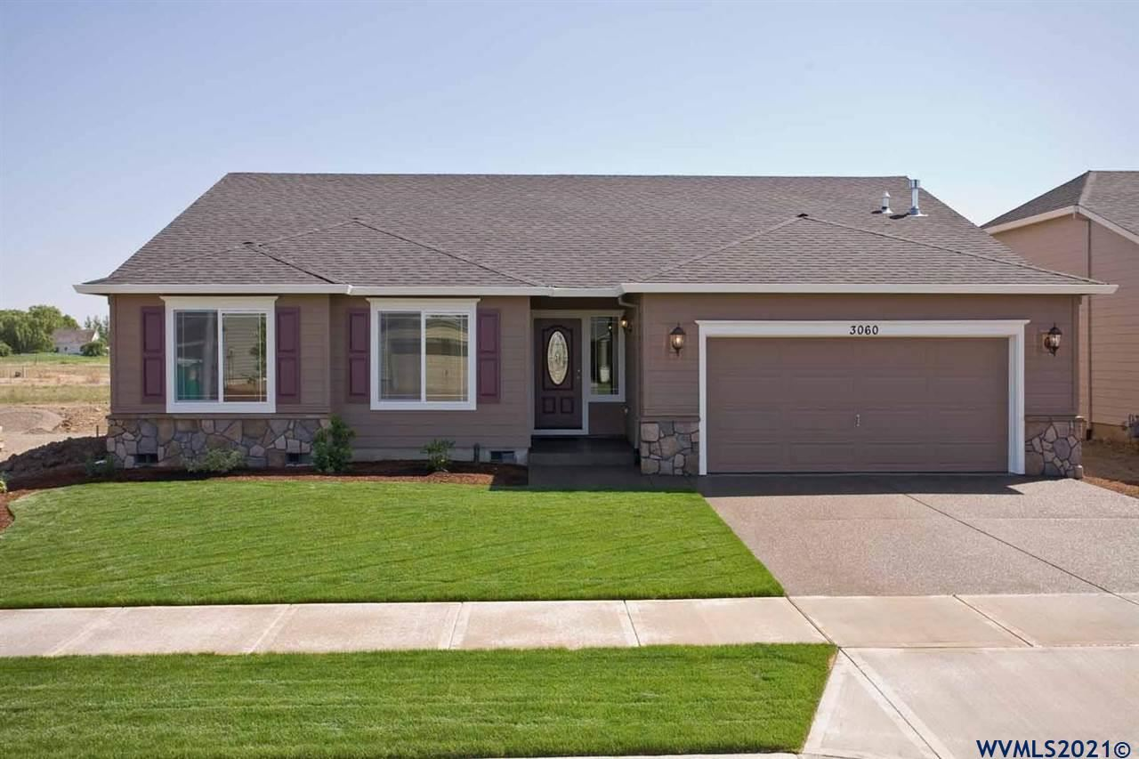 Photo of 1013 Winfield St, Gervais, OR 97026 (MLS # 784669)