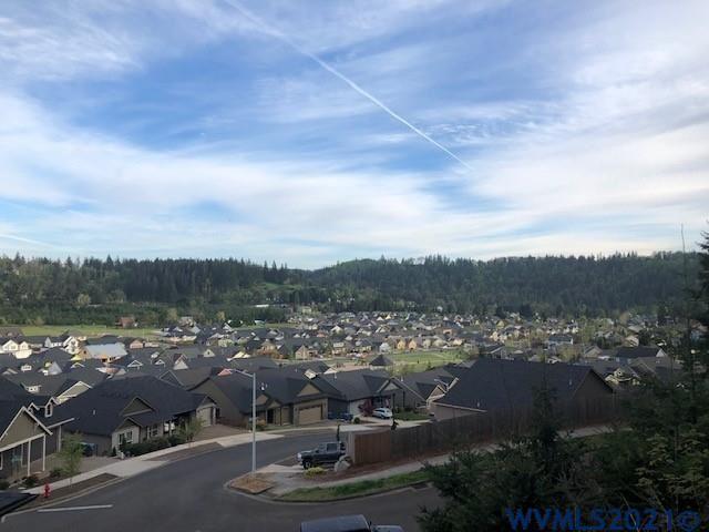 Photo of 812 Hawk Dr, Silverton, OR 97381 (MLS # 776747)