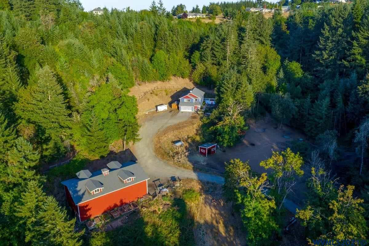 Photo of 22705 SE Royal Anne Dr, Amity, OR 97101 (MLS # 783762)