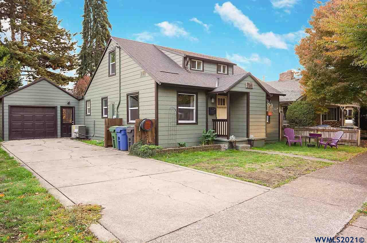 Photo of 1168 6th St, Salem, OR 97304 (MLS # 784990)