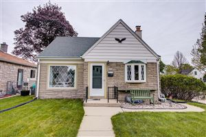 Photo of 2476 S 62nd St, West Allis, WI 53219 (MLS # 1638000)
