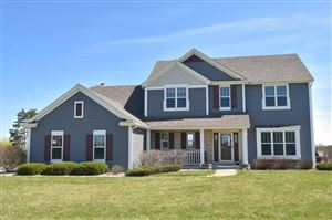 Photo of 816 Andover Dr, Eagle, WI 53119 (MLS # 1633011)