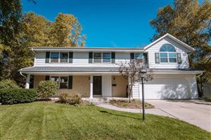 Photo of W53N756 Eton Ct, Cedarburg, WI 53012 (MLS # 1663013)