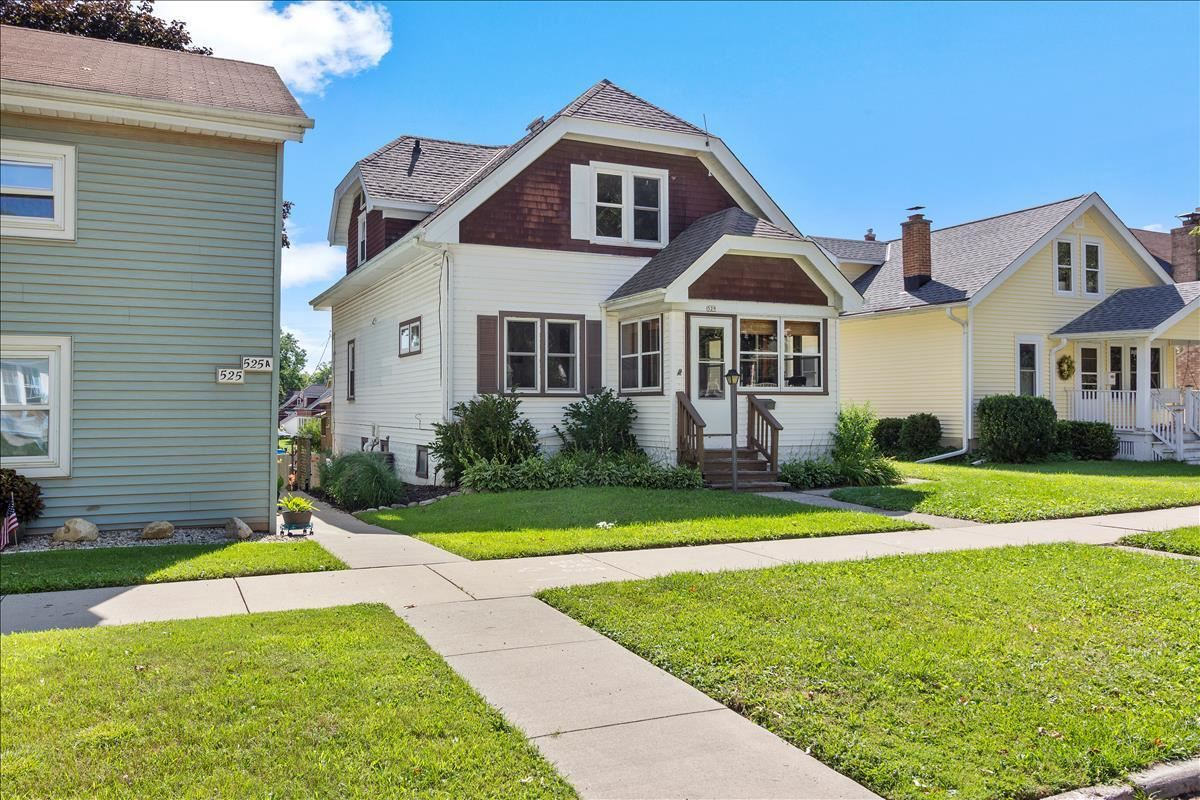 529 S 6th Ave, West Bend, WI 53095 - MLS#: 1703013