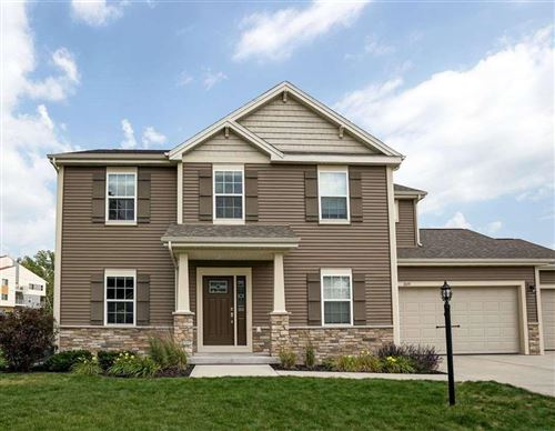 Photo of 309 ERIN CT, Cottage Grove, WI 53527 (MLS # 1914014)