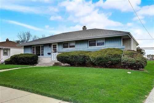 Photo of 6615 S 26th St, Oak Creek, WI 53154 (MLS # 1719015)
