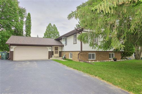Photo of 1810 Pheasant Ave, Twin Lakes, WI 53181 (MLS # 1749017)