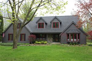 Photo of 10550 N Stratford PL, Mequon, WI 53092 (MLS # 1632025)