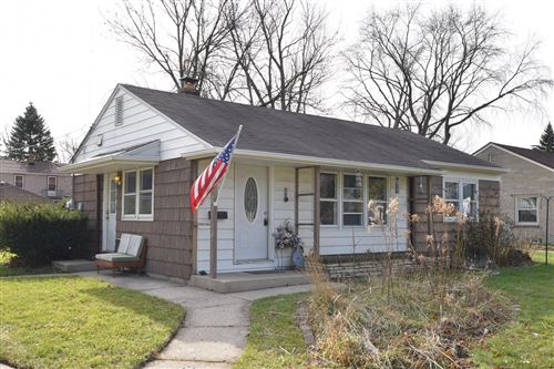Photo of 1105 W Kendall Ave, Glendale, WI 53209 (MLS # 1719025)