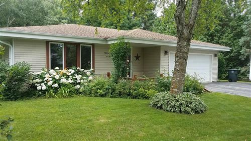 Photo of W234N5825 Lilac Dr, Sussex, WI 53089 (MLS # 1751026)