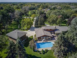 Photo of 7550 N Pheasant Ln, River Hills, WI 53217 (MLS # 1613027)