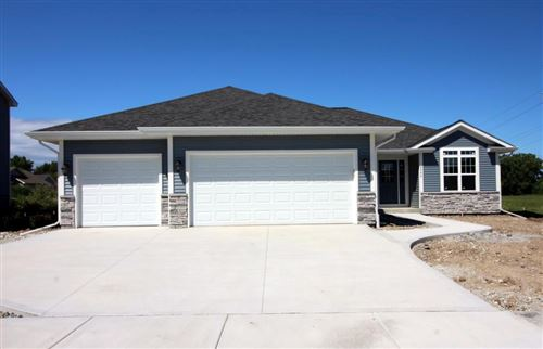 Photo of 8442 Westminster Dr, Sturtevant, WI 53177 (MLS # 1645027)